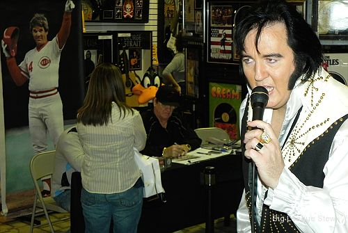 Viva Las Vegas! Spending a day with Pete Rose, Elvis and a boxer