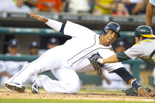 Tigers' Victor Martinez creates new way to slide into home