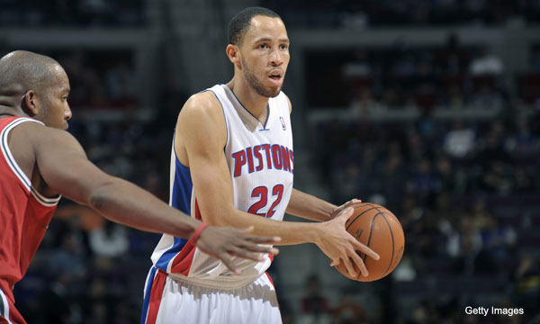 Wooed by potential champions, Tayshaun Prince decides to stay in Detroit