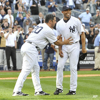 602! Mariano saves the day, becomes baseball's most prolific closer