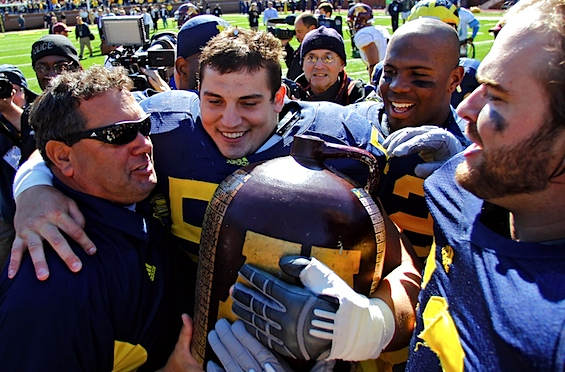 Surging Michigan arrives at a very familiar fork in the road