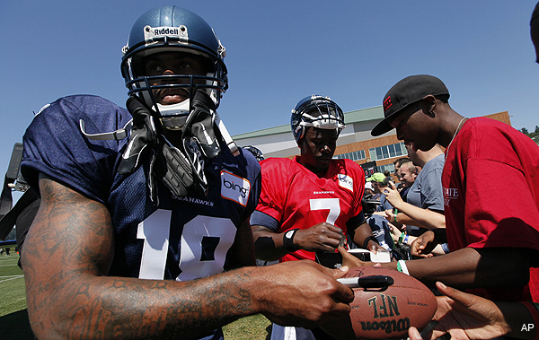 Five for Fighting: Seahawks finally gain five practicing starters after league year begins