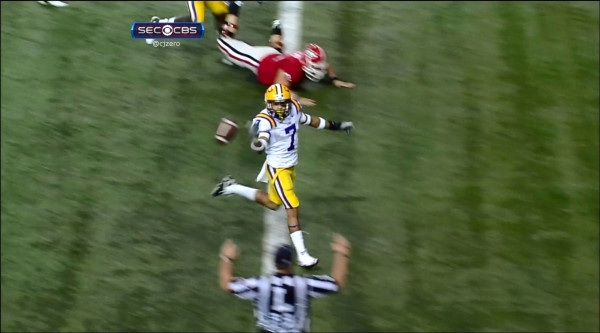 Video: Tyrann Mathieu's punt return shouldn't have counted. But it was impressive, anyway.