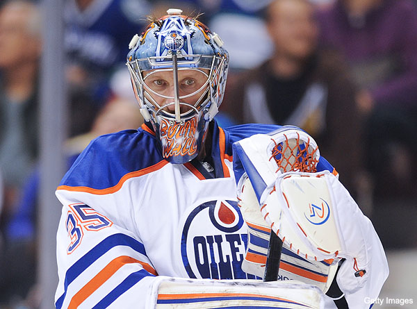 Puck Daddy chats with Nikolai Khabibulin about great start, Oilers' young stars, old NHL goalies, Winnipeg and Phoenix