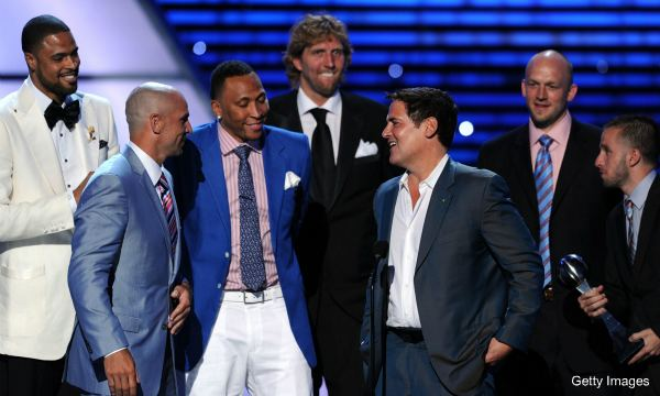 Mark Cuban won't get fined for hanging with Mavs at the ESPYs