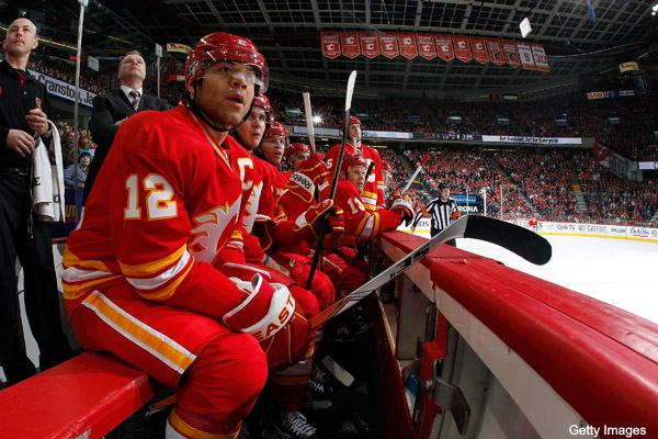 Jay Feaster discovers Jarome Iginla's curse is tough to break