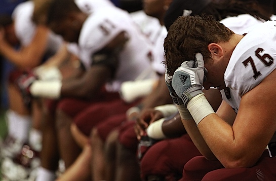 Texas A&M rolls up big stats, then rolls over in another second half flop