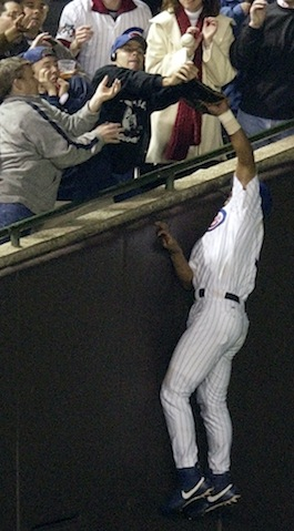 Steve Bartman Night: Hockey team honors baseball infamy