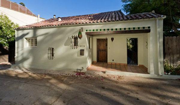 Puck Headlines: Sean Avery selling LA home; Steckel on Semin