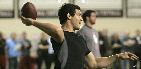 Rams' Bradford running workouts like the NFL's next great quarterback