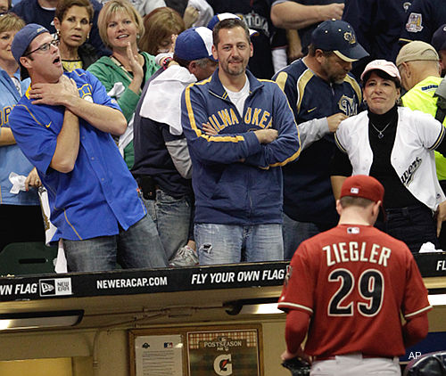 Ziegler's rough inning hands game to Brewers, puts D-backs in hole