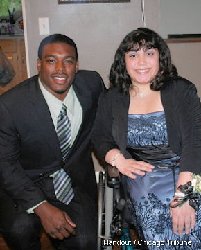 Bears rookie J.T. Thomas takes young lady to eighth-grade dance