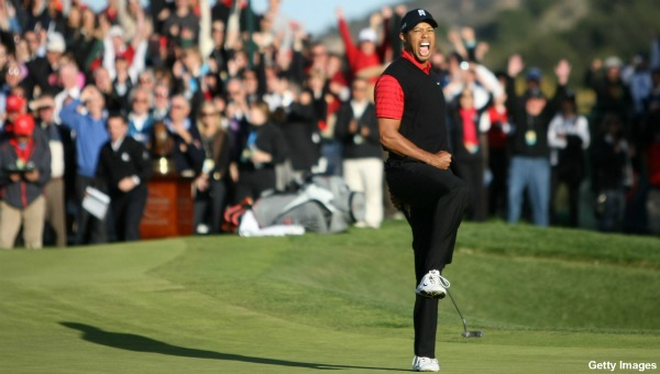 Tiger Woods wins first golf tournament in two years