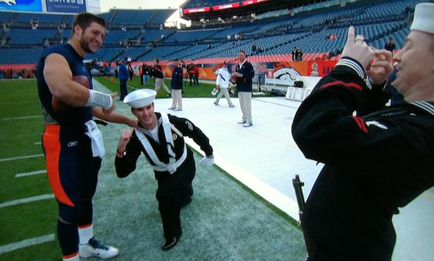 People are still Tebowing, now doing it in front of Tebow himself