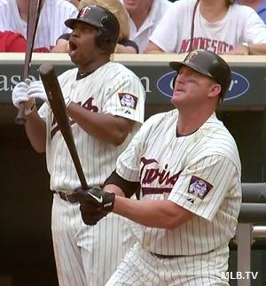 They still got it: Thome & Giambi launch titanic Sunday homers