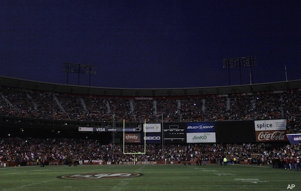 Lights go out before, during 'Monday Night Football' in San Francisco