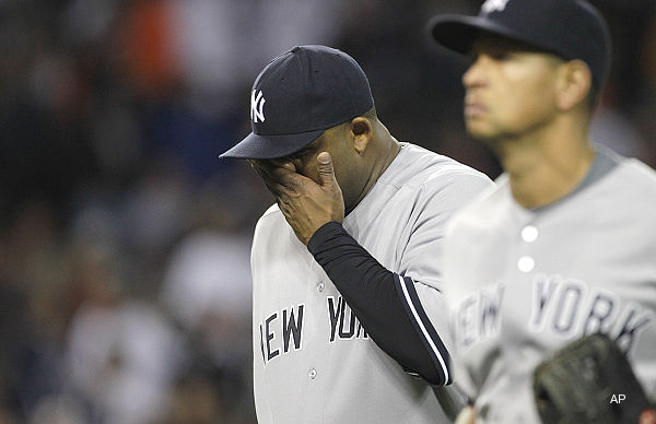 ALDS Game 3: Verlander, Tigers hang on, shove Yankees to brink