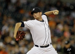Tigers get their pitcher, acquire Doug Fister from Mariners