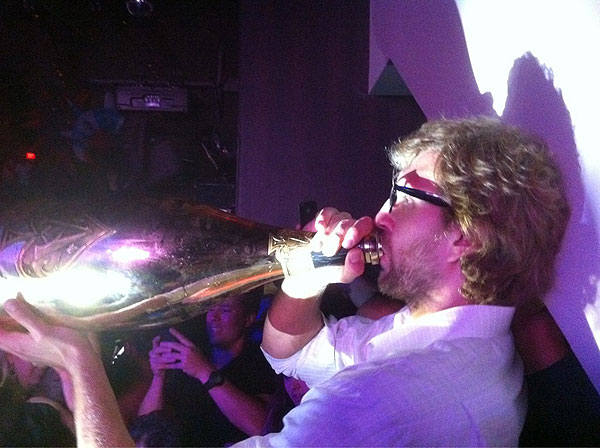 Dirk Nowitzki celebrates his Finals win with a whole lotta champagne