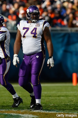 Vikings release McKinnie after he showed up to camp too heavy