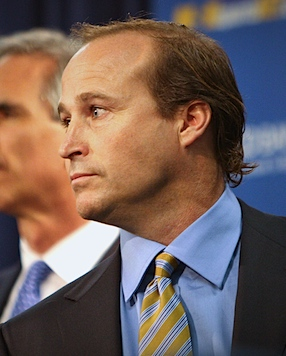 Holgorsen's inevitable promotion puts West Virginia back on the curve
