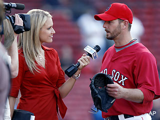 Say it ain't so! Heidi Watney leaves Red Sox for Lakers gig