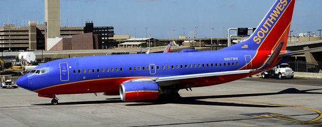 Man sues Southwest after he's hit by falling bag