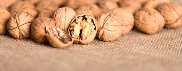 Walnuts (Thinkstock)