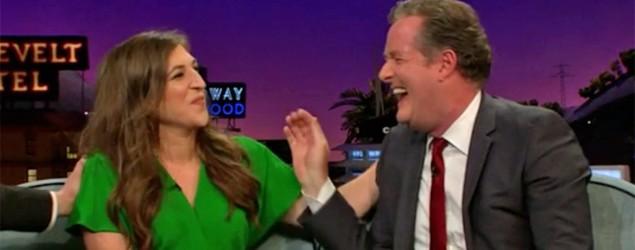 Mayim Bialik flashes Piers Morgan — twice (pic)