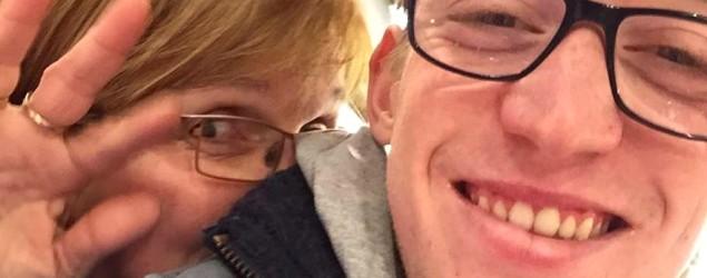 Carine Govaerts y su hijo Arne (Facebook)