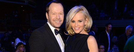 Jenny McCarthy announces engagement to Donnie Wahlberg. (Larry Busacca/Getty Images)