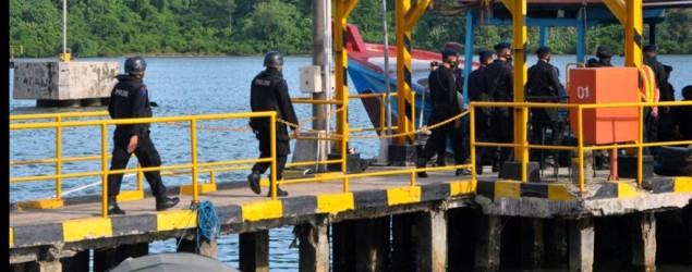 Indonesia executes eight foreigners, Filipina spared. (AP)