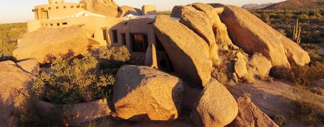 Boulder House hits the market at $4.2M. (Yahoo Homes/Russ Lyon Sotheby's International Realty)