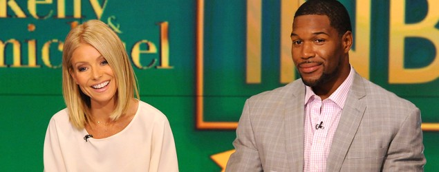 Kelly Ripa launches attack at Strahan. (AP)