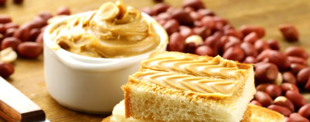 Try this deliciously healthy homemade peanut butter