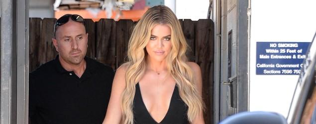 Khloé Kardashian is now being skinny-shamed