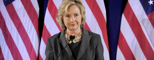 Clinton releases tax, health records. (AP)