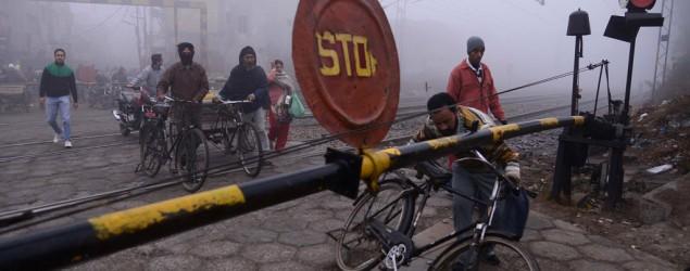 18 killed as train hits tempo in Bihar