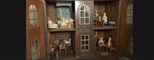 Dolls house (BBC)