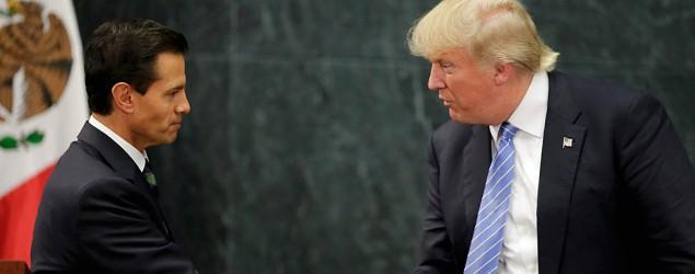 Donald Trump and Mexican president Enrique Peña Nieto meet in Mexico City. (AP)