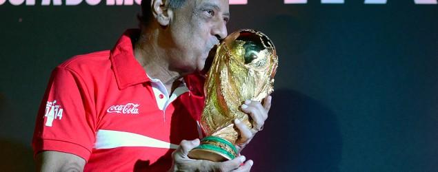 Foto: Carlos Alberto Torres – Capitão da Copa do Mundo de 1970 (AP)