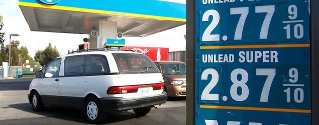 U.S. gasoline prices hit 10-month low