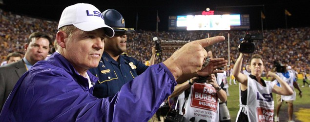 LSU athletic director clears up Les Miles issue