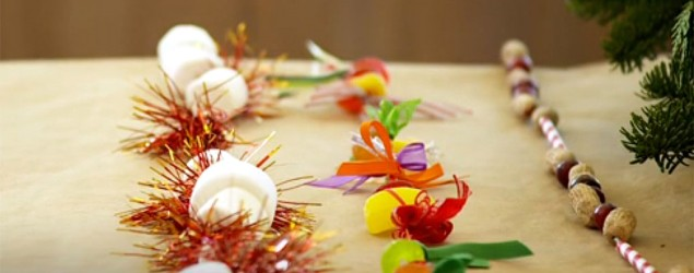 Three fun, easy twists on popcorn garlands. (Yahoo Makers)