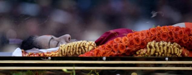 Jayalalithaa buried, not cremated