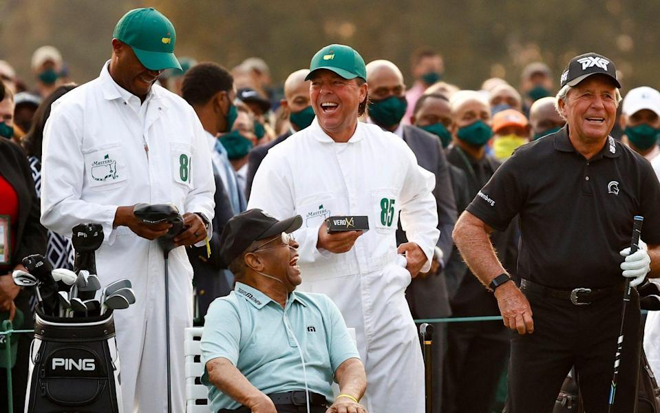 Wayne Player - Honorary Starter Lee Elder (L), Wayne Player (centre) honorary starter and Masters champion Gary Player (R) - GETTY IMAGES
