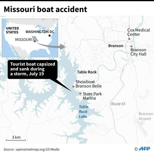Close-up map locating Table Rock Lake in Missouri, where a tourist boat capsized and sank on July 19