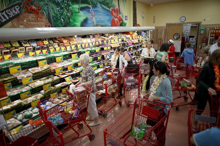 """<p>If you <a href=""""https://www.bestproducts.com/food-news/a43519/trader-joes-raises-property-values/"""" rel=""""nofollow noopener"""" target=""""_blank"""" data-ylk=""""slk:live near a Trader Joe's location"""" class=""""link rapid-noclick-resp"""">live near a Trader Joe's location</a> that gets particularly swamped, you need to be strategic about the days and times that you do your shopping. Reddit users suggest waking up early to grab groceries between 8am–10am on weekdays, or wait until Friday evening to avoid big crowds.</p>"""