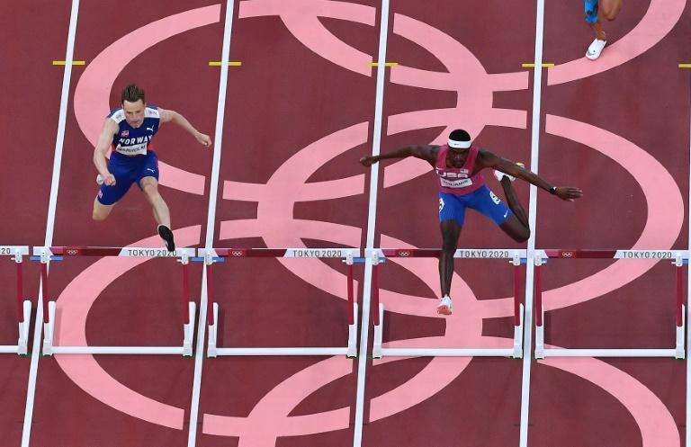 Norway's Karsten Warholm (L) and USA's Rai Benjamin will continue their rivalry in the 400m hurdles
