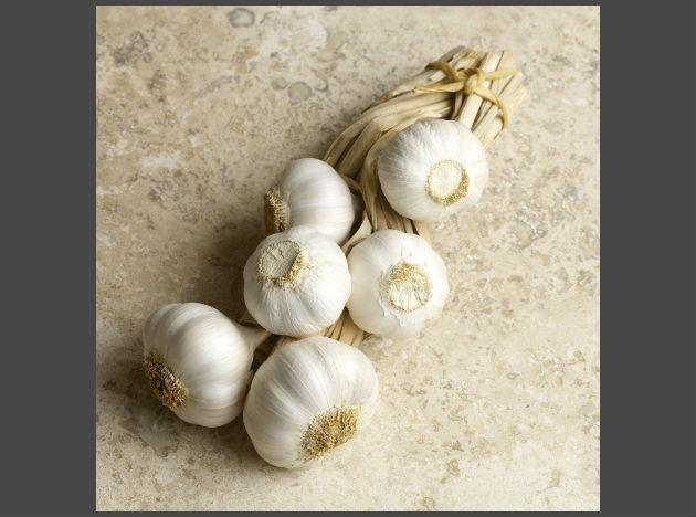 <b>Garlic:</b> Garlic has long been known for its heart benefits, however the pungent food is also good at detoxifying the body. Garlic is not only antiviral, antibacterial and antibiotic, but it contains a chemical called allicin which promotes the production of white blood cells and helps fight against toxins. Garlic is best eaten raw, so add some crushed garlic to a salad dressing to boost its flavour and your health at the same time.